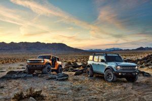Bronco two- and four-door posing in the desert